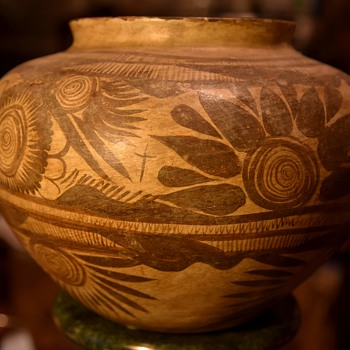Large Huastecan Olla - Hidalgo, Mexico - Pottery