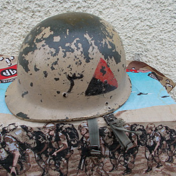 iraqi m80 republican guard division helmet  - Military and Wartime