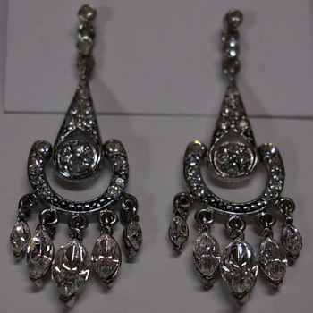 "Earring Set, ""Monet"" 1970-80 - Costume Jewelry"