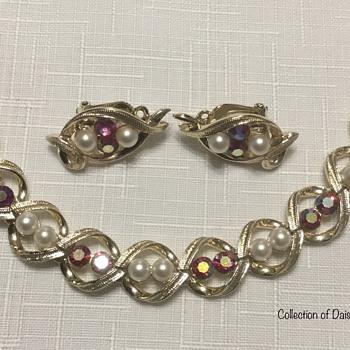 Coro Bracelet Set — Rhinestones & Pearls  - Costume Jewelry