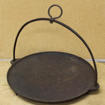 1700's Cast Iron Footed Hanging Griddle