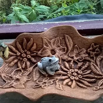 Vintage (?) Unusual Hollow Tree Trunk Design/Flower Garden (?) Molded Plastic Tray