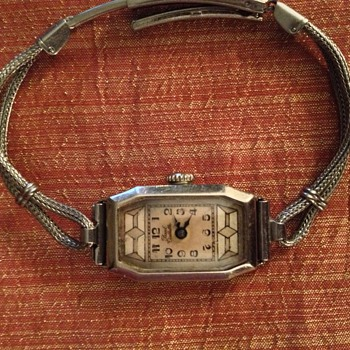 Paul Vallette vintage woman's wristwatch