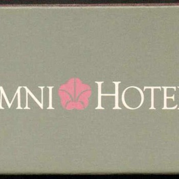 1995 - Omni Hotels - Xiamen China Matchbox - Tobacciana