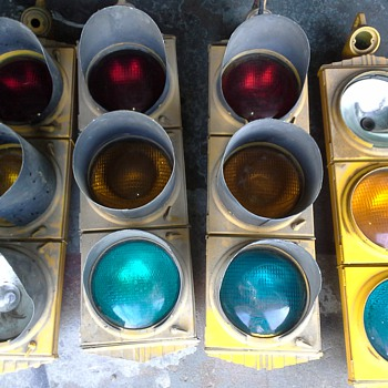 VINTAGE 1940's (CROUSE HINDS TRAFFIC SIGNALS) - Lamps