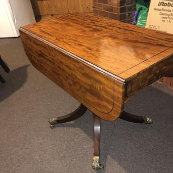 My antique Pembroke table .  - Furniture