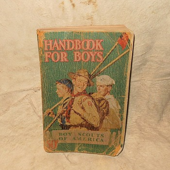 Saturday Evening Scout Post Boy Scout Handbook 1942 - Books