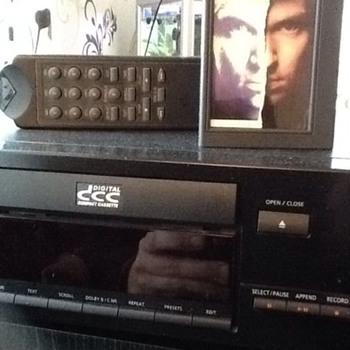 Philips DCC 730 - Electronics