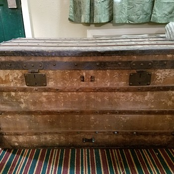 First Trunk/LV Steamer - Furniture
