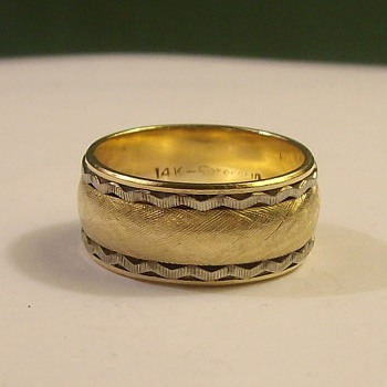 "Vintage ""Wide"" Wedding Band in 14k 3-Tone - Fine Jewelry"