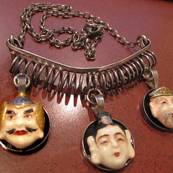 Hand signed Asian face sterling necklace - Silver