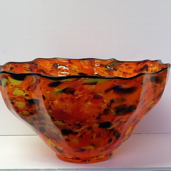 Large splatter bowl - Art Glass