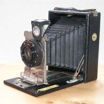 Thornton-Pickard Imperial Pocket Camera No. 0, 1921.