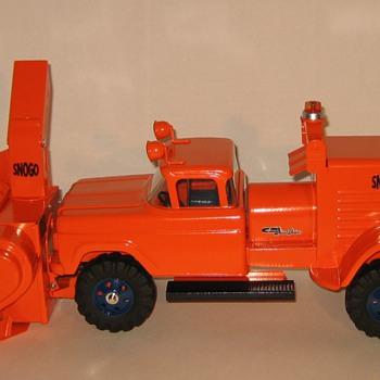 Custom-Built Nylint SNOGO truck-mounted Snowblower - Model Cars
