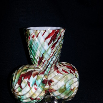 Welz Ribbed Ball Feet Vase? - Art Glass