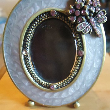 2 1/4 Inch photo frame/brooch from Two's Company  Dragondfly and rhinestones! - Costume Jewelry