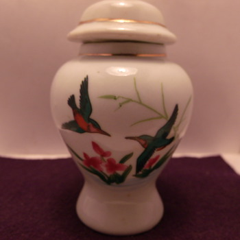 Small Urn With Hummingbirds - Pottery