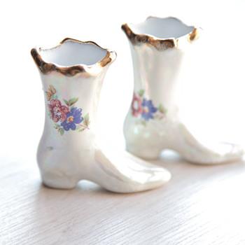 Cute porcelain boots - Pottery