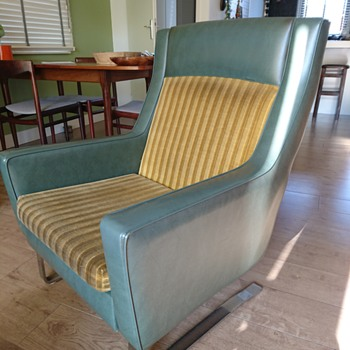 Midcentury Chair - Mid-Century Modern