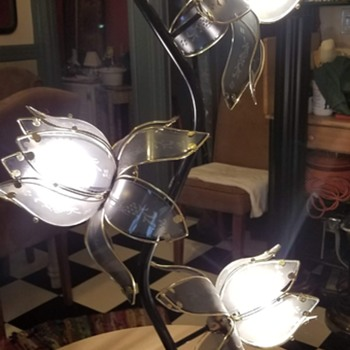 Cool lotus flower lamps 80s? - Art Deco