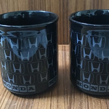 Vintage Honda mugs. - Advertising