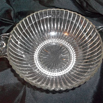ribbed bullseye handle serving bowl super nice. - Glassware