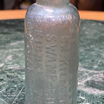 Sample Bottle Doctor Kilmere's Swamp Root Kidney Cure Binghamton N.Y. - Bottles
