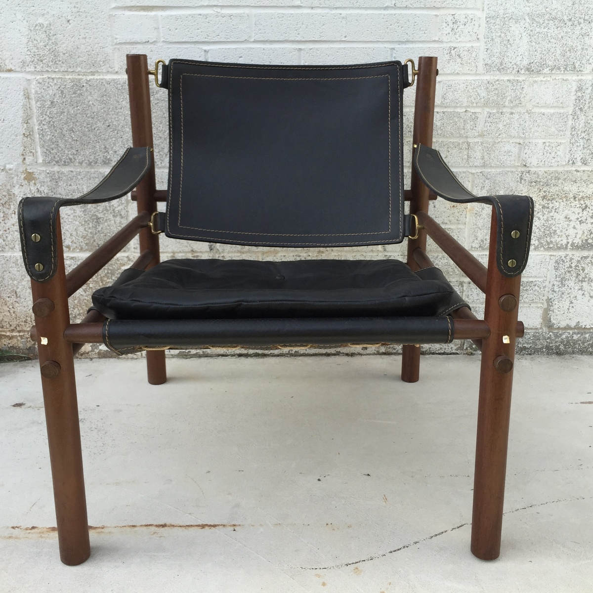 Superbe 1960u0027s Arne Norell Sirocco Safari Mid Century Modern Chair   Collectors  Weekly