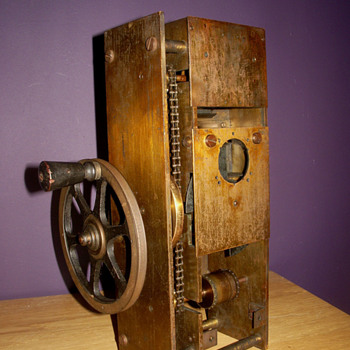 Camera-projector mechanism 1897