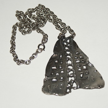 Unmarked Mid-Century Modern Brutalist Necklace - Fine Jewelry
