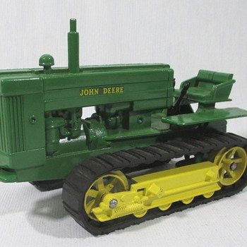 John Deere Model 40 Crawler