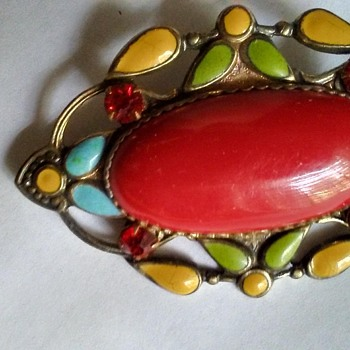 Vintage enamel Brooch and unknown stone In Center and 4 ruby colored stones  - Costume Jewelry
