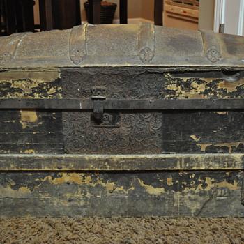 New trunk find - Furniture