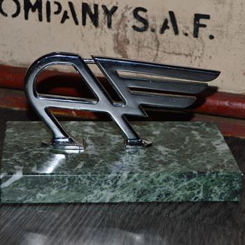 austin hood ornament - Classic Cars