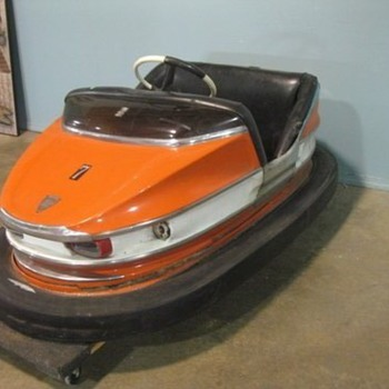 1970 BUMPER CAR - Games