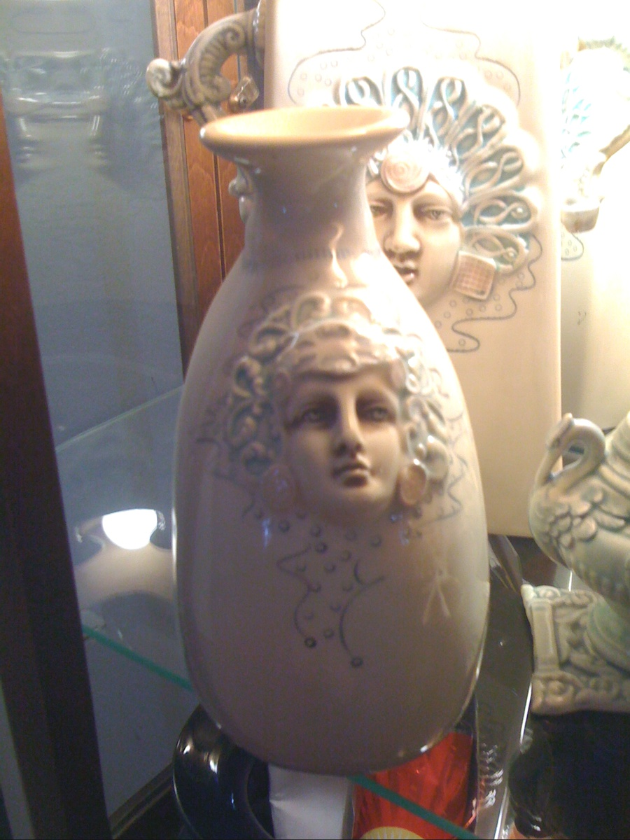 What are these vases with faces and perfume bottle with faces and vases with faces and perfume bottle with faces and herons collectors weekly reviewsmspy