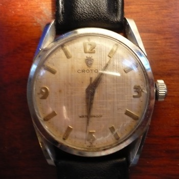 1950s Croton with great lugs, Linen textured dial with great patina - Wristwatches
