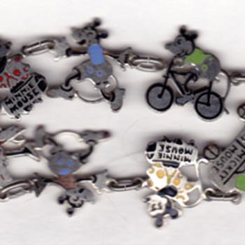 early disney charm bracelet: minnie, mickey, goofy/clarabell(?) - Costume Jewelry