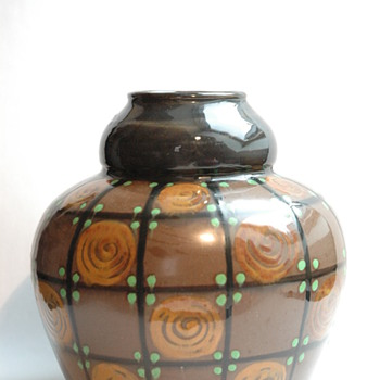 art deco pottery vase by LEON ELCHINGER - Art Deco