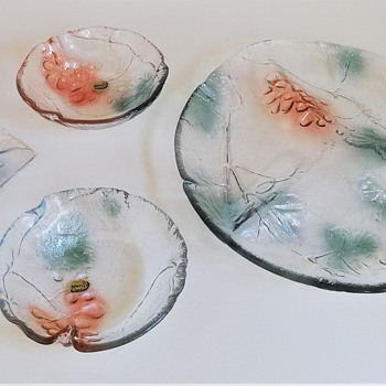 Sklo Union Glass   Vine Décor  Examples of Ring-less Pressing - Art Glass