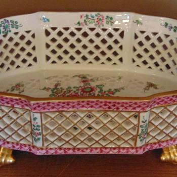 antique centre table -  jardiniere - Pottery