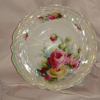 Bavaria Bowl with shine shine, Roses...beautiful - China and Dinnerware