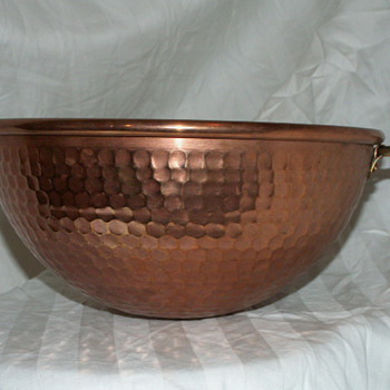 Heavy Copper Hammered Mixing Bowl - Kitchen