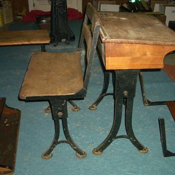 found school desks with American Screw box - Furniture