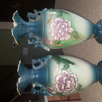 Pair Asian vases similar but different  - Asian