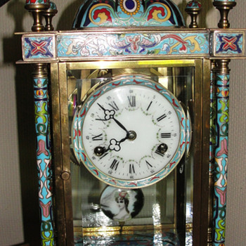 Please help identify this cloisnne pendalum clock - Clocks