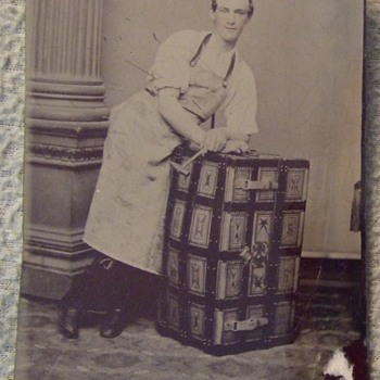 Occupational trunk maker tintype c. 1870s - Photographs