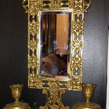 Golden mirror with candle holders need info please - Furniture