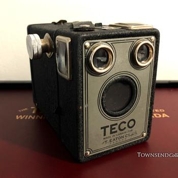 The T. EATON Co. Limited, Winnipeg TECO Box Camera circa. 1940   - Cameras