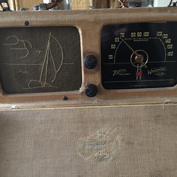 """""""Zenith Companion"""" Portable Radio. Circa 1924? - Radios"""